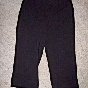 Black Cuff Maxwell Style Capri Dress Pants 8